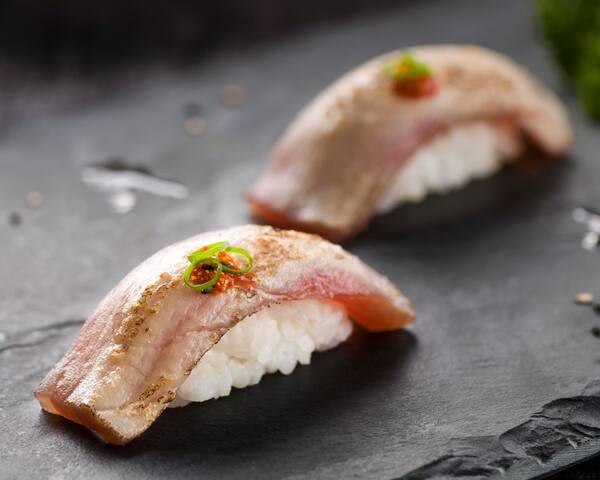 36 - niguiri de atum spicy (dupla)