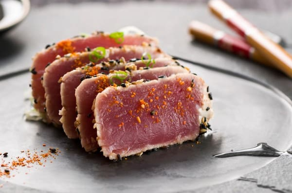 48 - sashimi de atum maçaricado