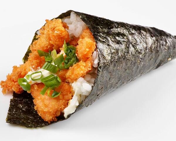 74 - temaki de camarão empanado