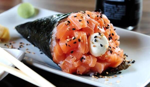 68 - temaki de salmão TRUFADO !!! novidade !!!