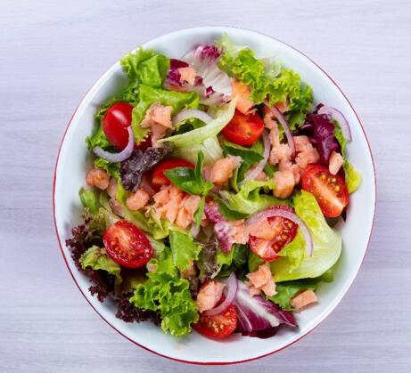 Salada salmão