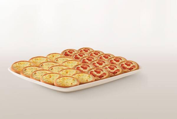 Promoção compre 20 leve 25 esfihas (queijo ou italianinha)
