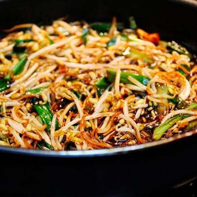 Combo moyashi c/legumes ao molho oriental (vegano)