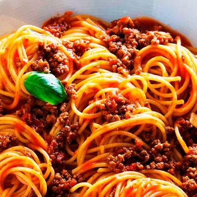 Combo spaghetti integral á bolonhesa com carne moída vegana