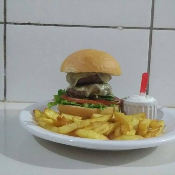 Picanha Burger com fritas