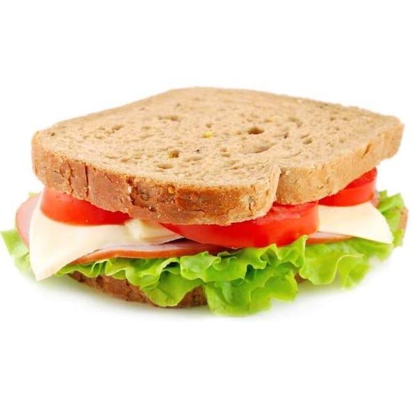 Sanduiche natural de queijo branco e peito de peru