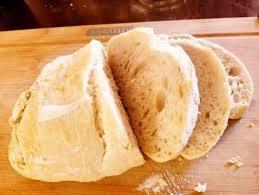 Cesta de pão italiano