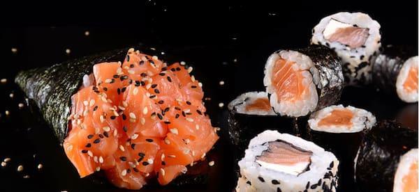 Mini combinado de salmão (9 peças) + grátis um temaki tradicional