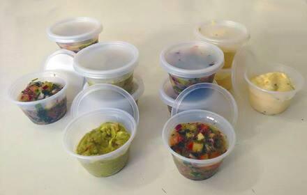 Molhos peruanos (salsa tártara; pimenta; de abacate; de cebola roxa, cebolinha, limão, tomate e ervas)