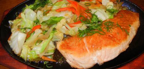 125-teppanyaki de salmão
