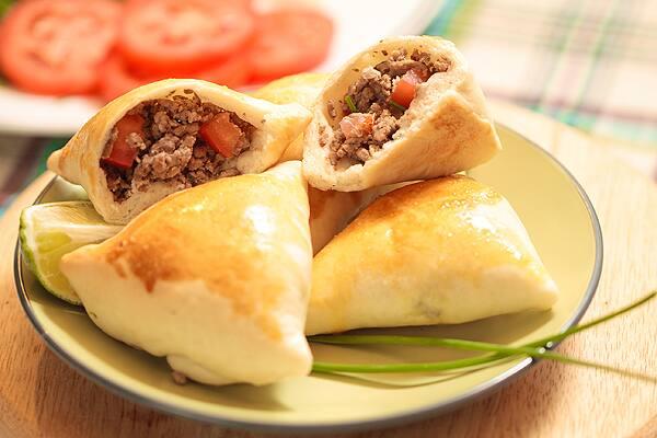 Esfiha de carne arabe
