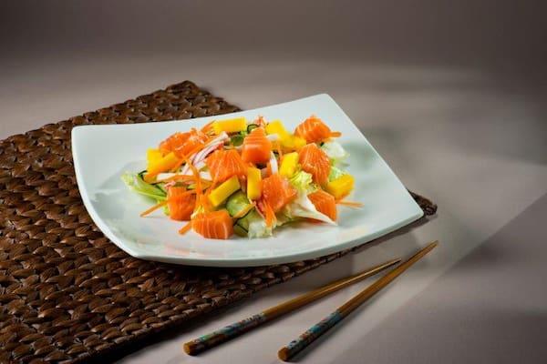 Salada salmão sushiaki