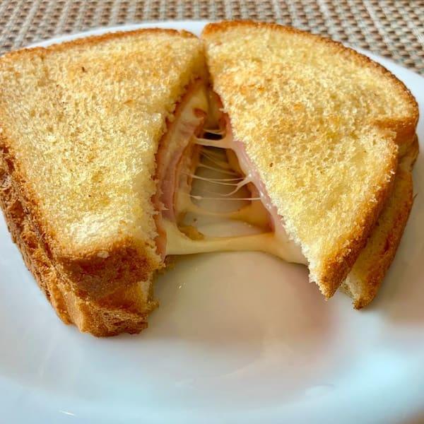 Misto quente no pão de forma