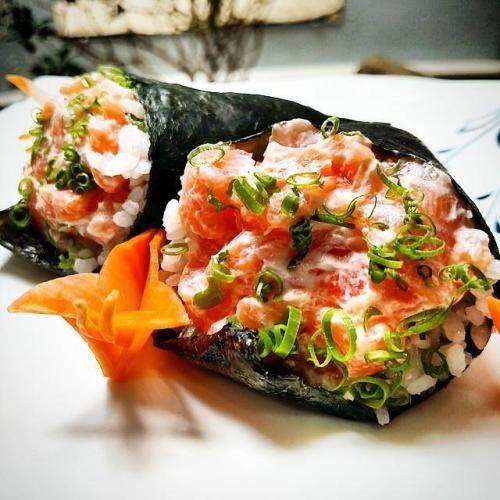 Temaki salmão fresco com cream cheese