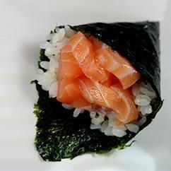 Temaki salmão fresco