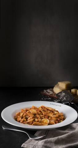 Penne a Bolognesa & Bacon (pene bolonhesa)