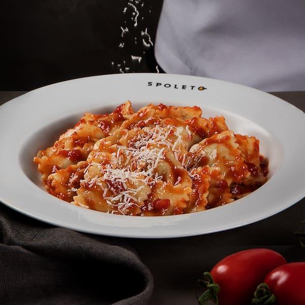 Ravióli de Gorgonzola (massa + molho + ingredientes)