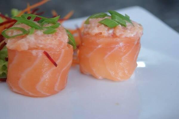 Gunkan salmão(4 unidades)