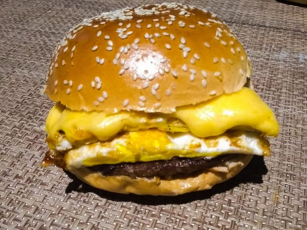 Dois lanches x-burger egg - 33% off
