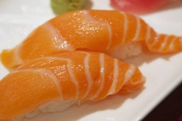 Niguiri de salmão - 05unidades (promo nos adicionais)