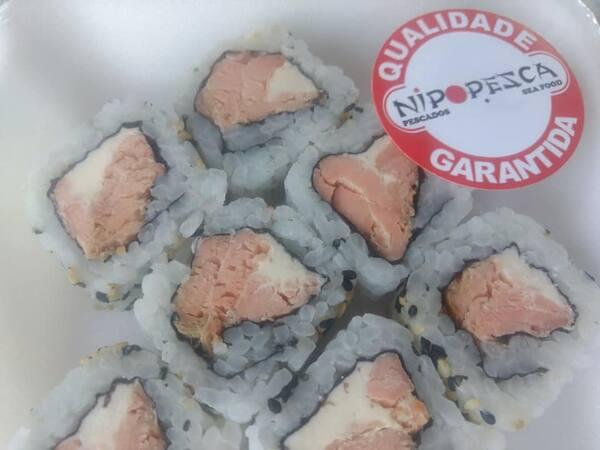 Uramaki salmão grelhado - 8 unidades (promo nos adicionais)