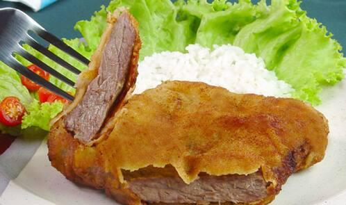 Bom e barato: bife a milanesa + arroz ++ fritas ou purê