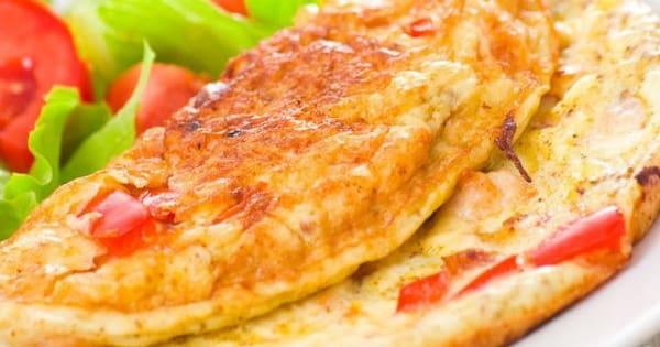 Omelete presunto, queijo e tomat+(mini salada cortesia)