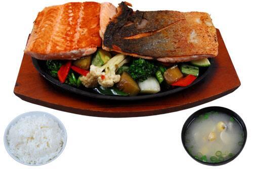 Teppan yaki de salmão