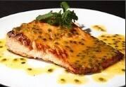 Tepan de salmão com maracujá