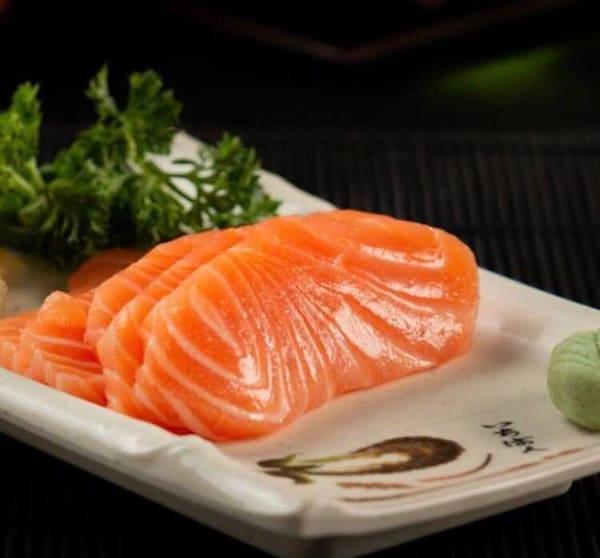 105 - 5 fatias de salmão