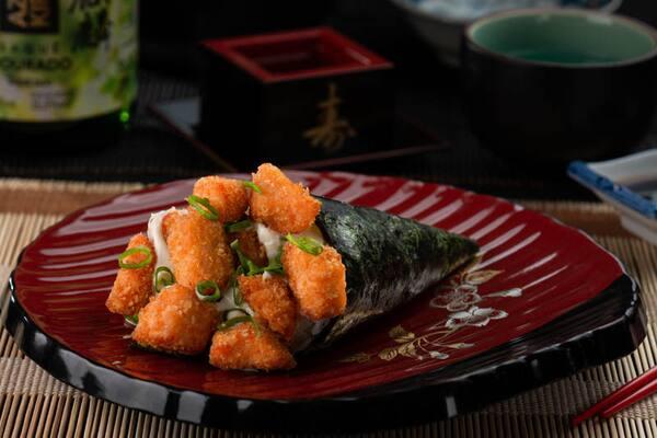 4-temaki salmão empanado