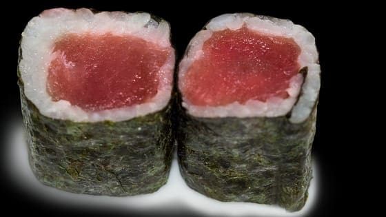 Maki de atum 2 peças