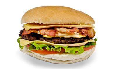 X-Egg Bacon +guaraná natural + fritas pequena.