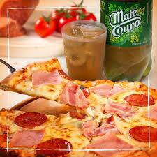 Uma pizza gigante 35 cm mais Mate couro 2 l