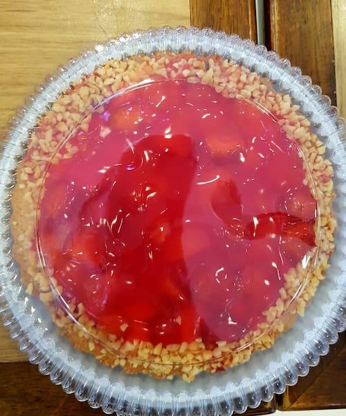Torta de morango média