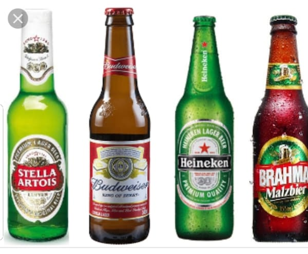 Cerveja long neck Heineken ou similar