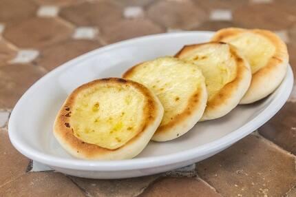 Mini esfiha aberta queijo (unidade)