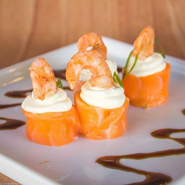 Dyo´s de salmão com camarão - 10 unidades