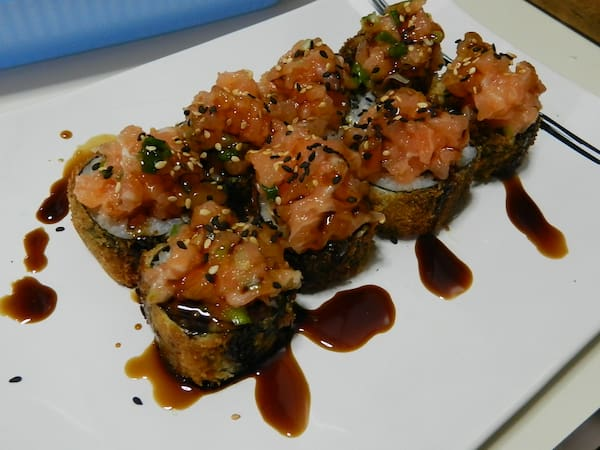Hot roll com topping - 10 unidades