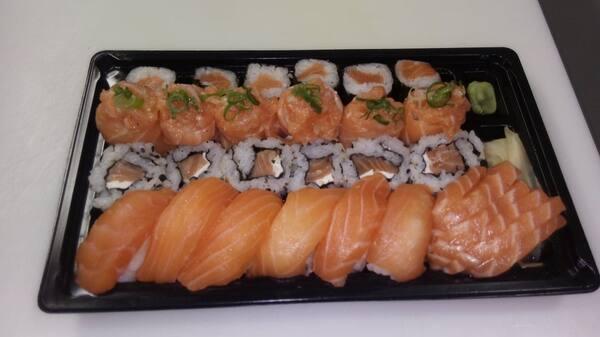 Combinado 30 peças de salmão