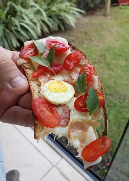 Oliva sanduíche aberto