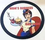 Logotipo Mom's Burgers And Snack