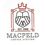 Logotipo Macpeld Coffe Station