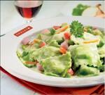 Ravióli de Ricota (massa verde + molho + ingredientes)