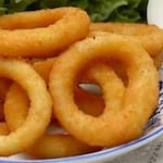 Porção de cebola onion rings