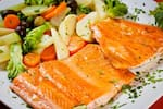 Filé de salmão a belle muniere c/ arroz de brócolis, legumes ou purê