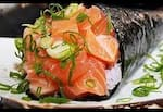 001 - Temaki salmão simples