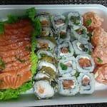 Combinado negui salmão 30 unid (NAO ACEITAMOS PAGAMENTO ONLINE)