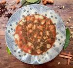 Gnocchi artesanal de batatas com bolognesa de lentilha