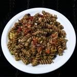 Vegan Special Macaroni - Macarrão Fusilli Integral com Legumes ao Molho Vegan Soft Bechamel